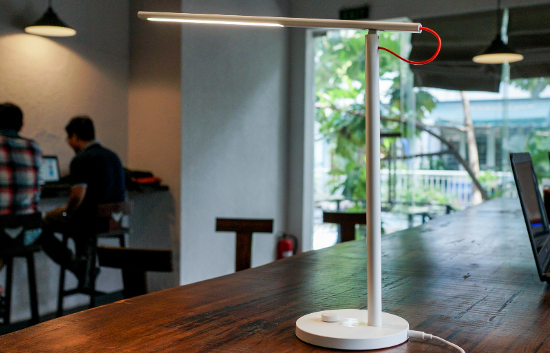 Đèn Xiaomi Mi Led Desk Lamp