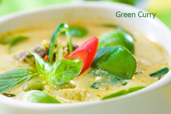10-mon-an-duong-pho-hap-dan-nhat-tai-thai-lan-Green-curry-Thai