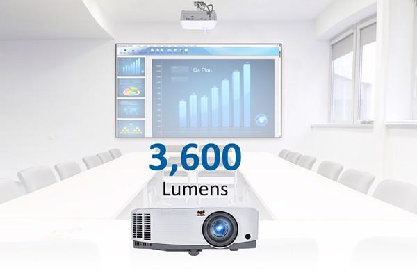 may-chieu-3600-ansi-lumens