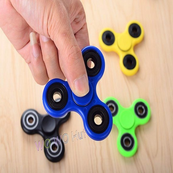 Con quay giảm stress hand spinner cao cấp