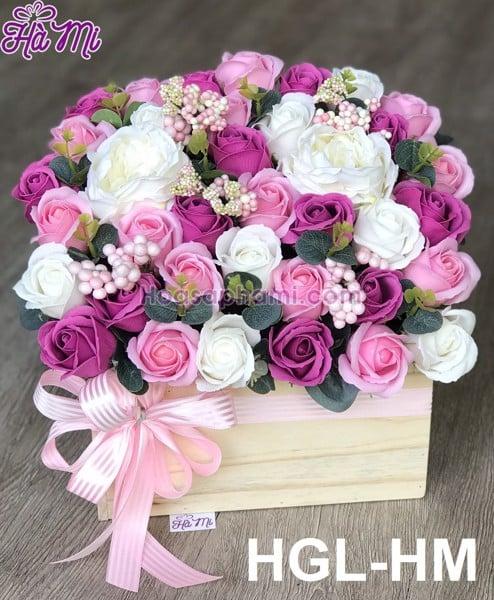 Hộp gỗ hoa sáp để bàn