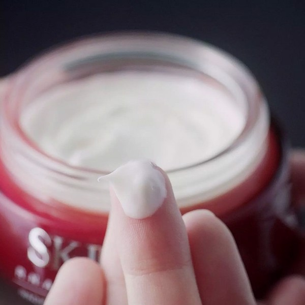 Kem dưỡng ẩm chống lão hóa SKII R.N.A