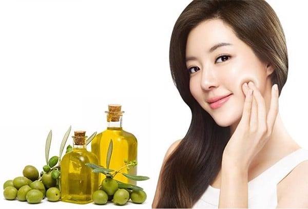 dầu ô liu nguyên chất rất tốt cho sức khỏe và làm đẹp