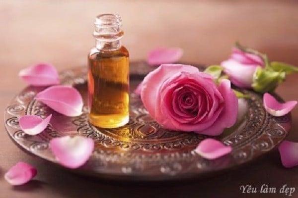 Tinh dầu thiên nhiên hoa hồng mùi thơm dễ chịu