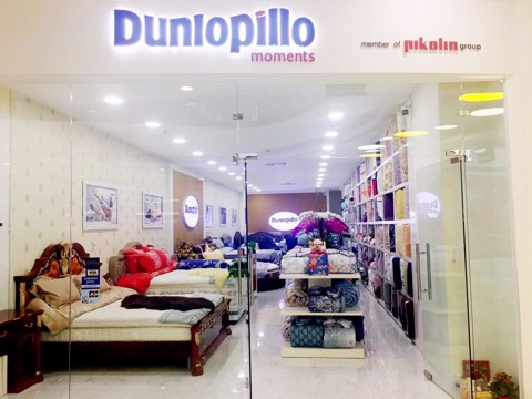 Showroom Dunlopillo Luxury - Estella Place