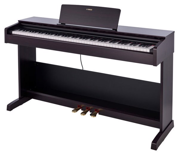 Bạn có biết vì sao đàn piano điện có headphone lại rất được ưa chuộng?