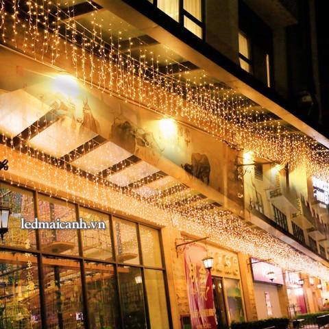 giàn đèn thả trang trí nhà hàng quán ăn