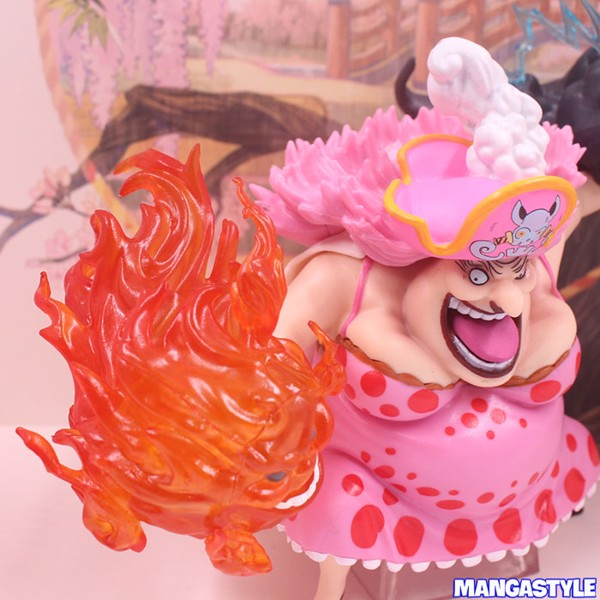 Figure One Piece Four Emperors Big Mom Pink Dress Ver One Piece