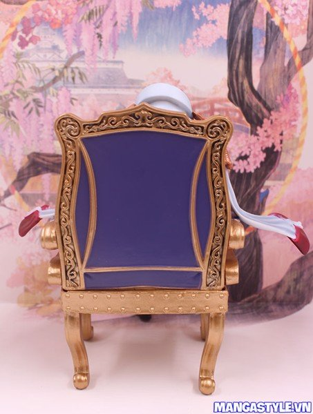 Figure Sakazuki Sitting Ver Chair One Piece