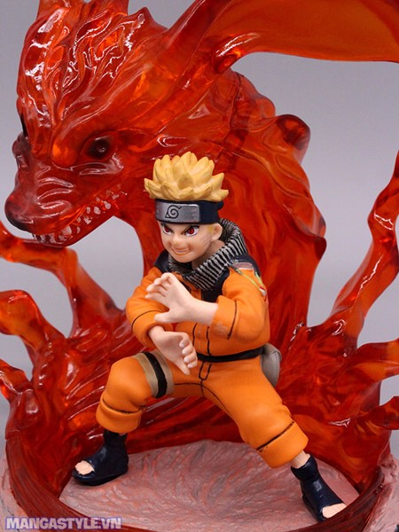 Uzumaki Naruto Kurama Kyuubi Nine Tailed Fox Figure