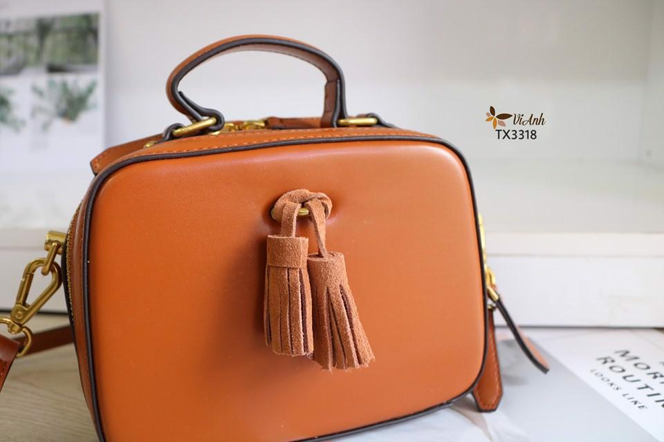 Túi phom hộp thời trang xuất khẩu khoá vàng  màu nâu