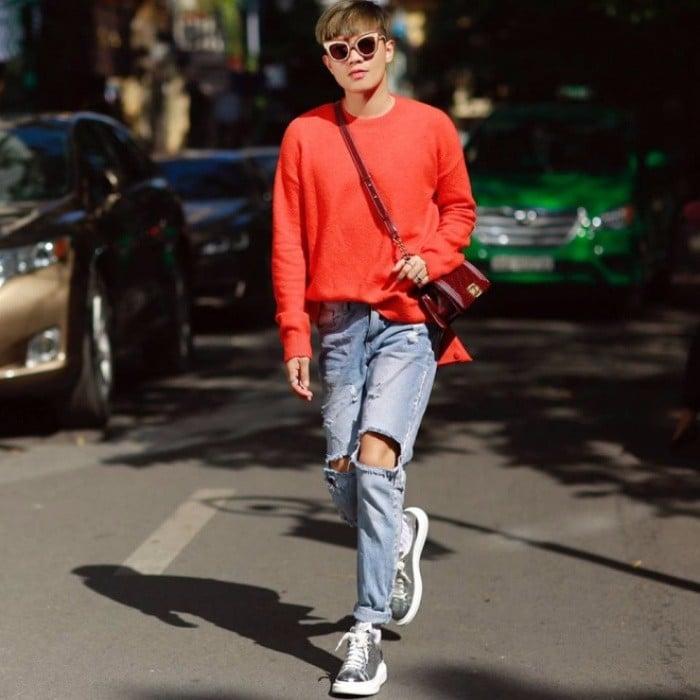 Jeans rách 'về nhất' trong cuộc đua những món đồ yêu thích của stylist Việt - Ảnh 7
