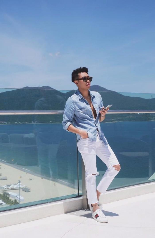 Jeans rách 'về nhất' trong cuộc đua những món đồ yêu thích của stylist Việt - Ảnh 6