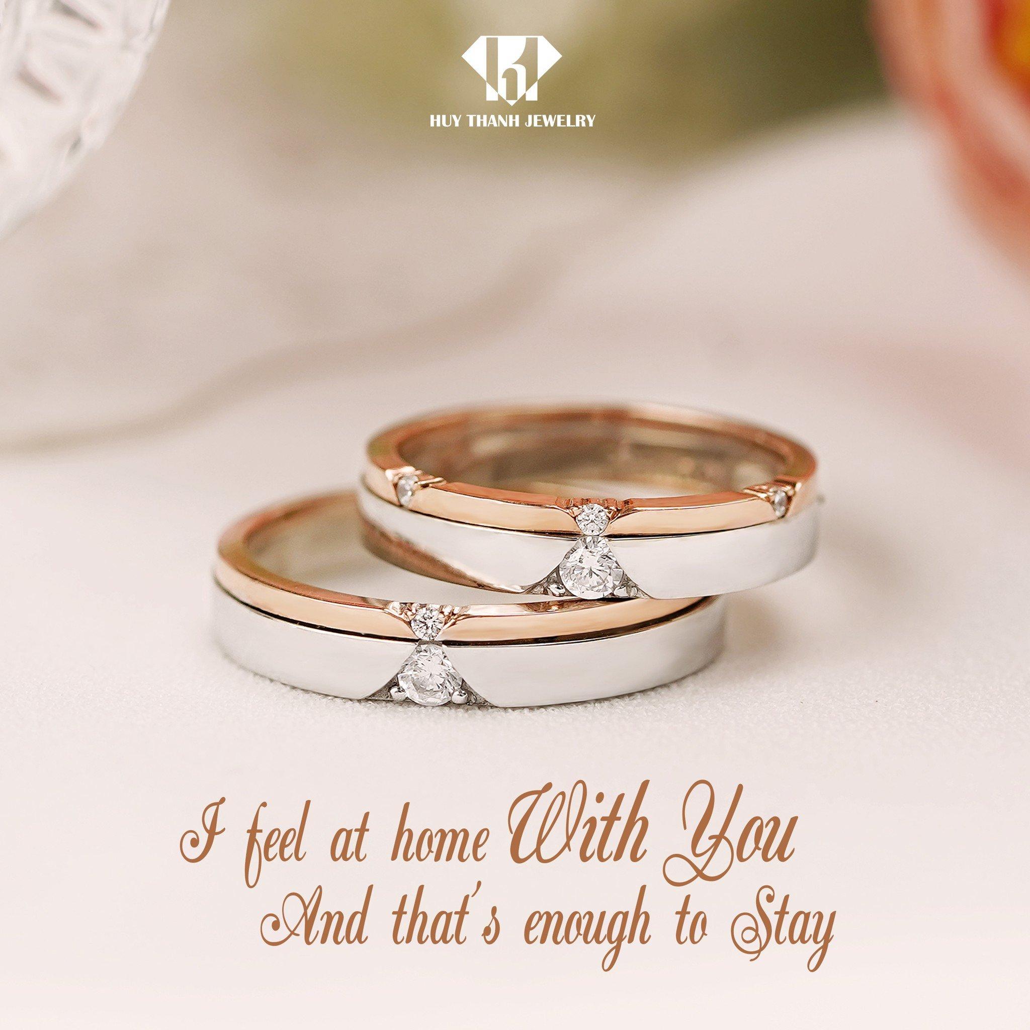 Nhẫn cưới khắc tên theo yêu cầu, đẹp và độc đáo