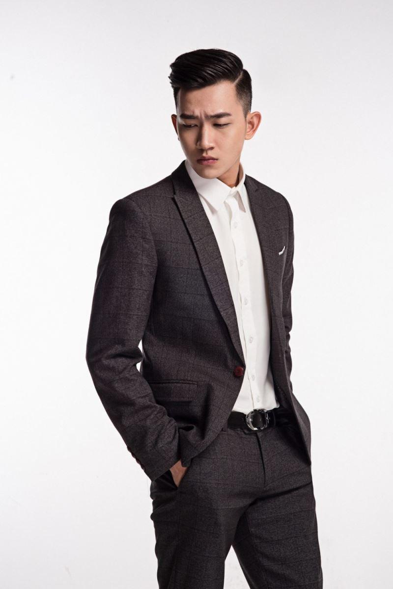 Đa phong cách với áo sơ mi trắng Việt Tiến 3