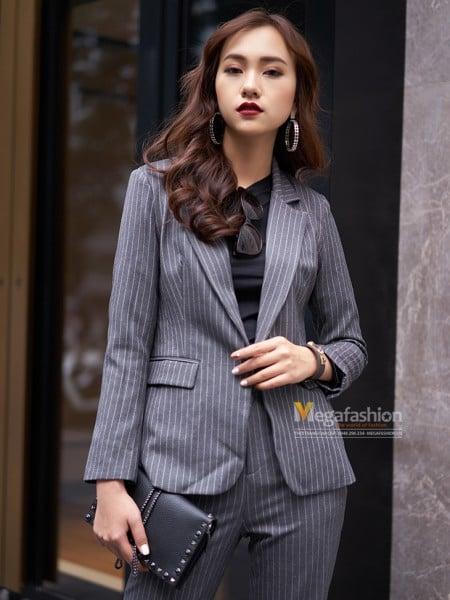 Mẹo với vest và váy công sở cho nữ U30 5