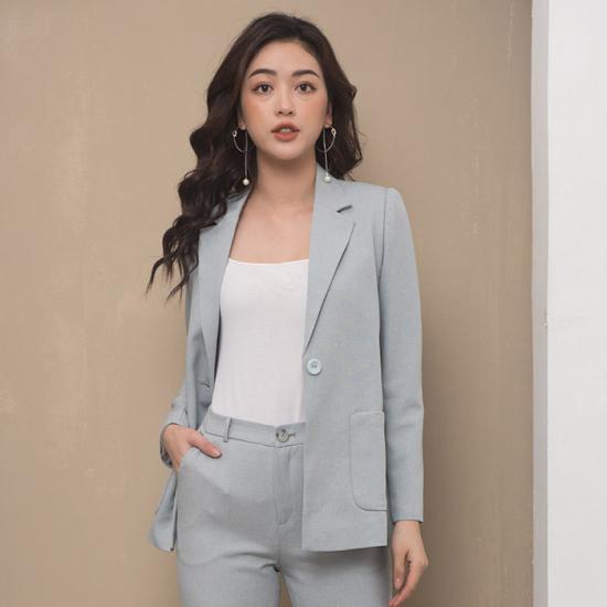 TOP 3 mẫu đồng phục công sở được nữ giới ưa chuộng nhất 2021 2