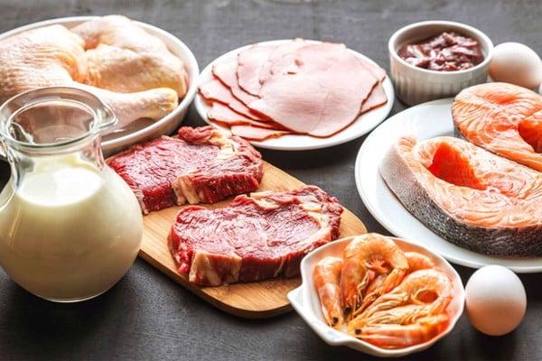 kiêng ăn protein