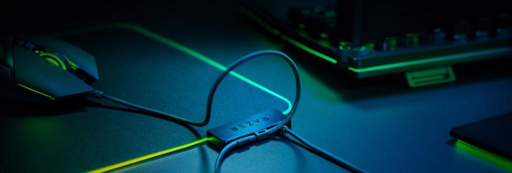 Bàn di chuột Razer Firefly V2