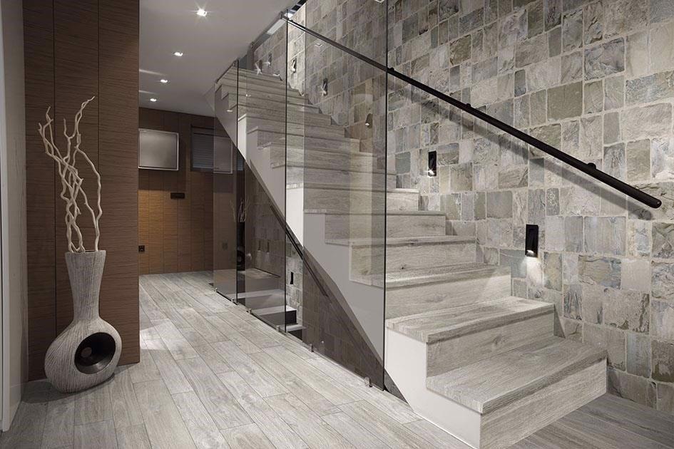 Cách thiết kế cầu thang ngoài trời Gach-op-lat-cau-thang-van-go_5e8f9691e390401dba6f809c5d801697_1024x1024