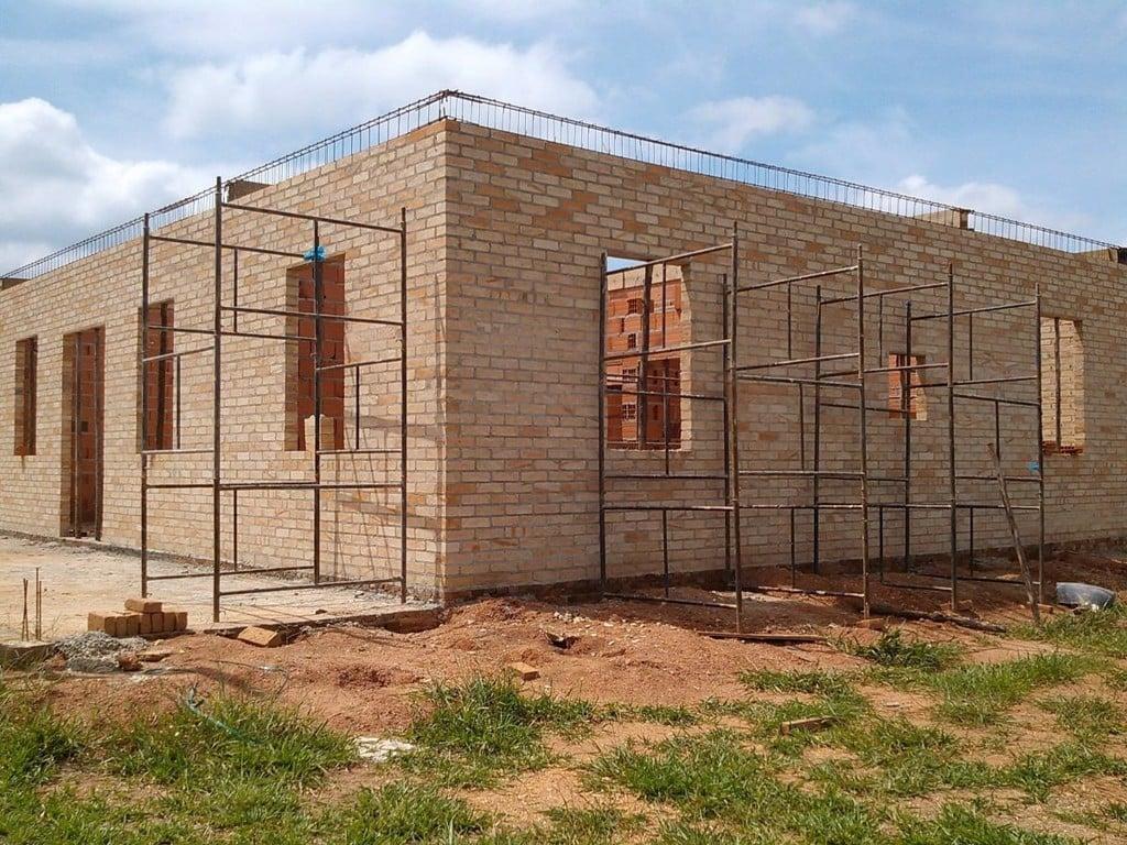 Tùy vào mục đích sử dụng và yêu cầu của công trình cần xây dựng mà người ta sẽ lựa chọn những loại gạch