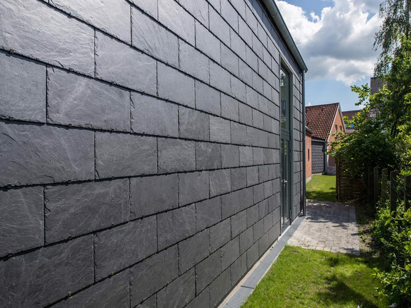 xu hướng thiết kế lại hướng đến vật liệu giản đơn tường rào gạch