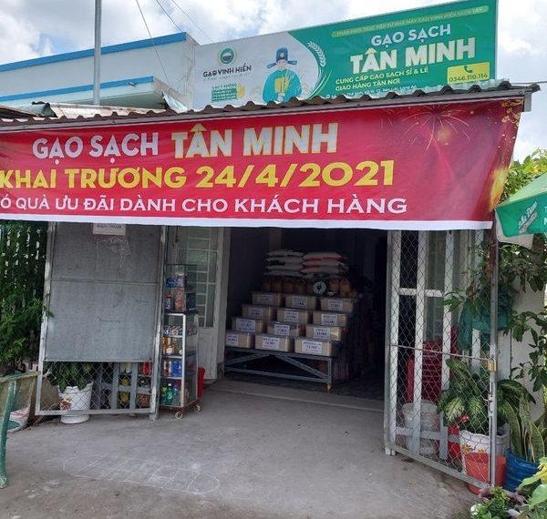 Vinh Hiển  hợp tác mở cửa hàng kinh doanh gạo sạch tại Bến Lức