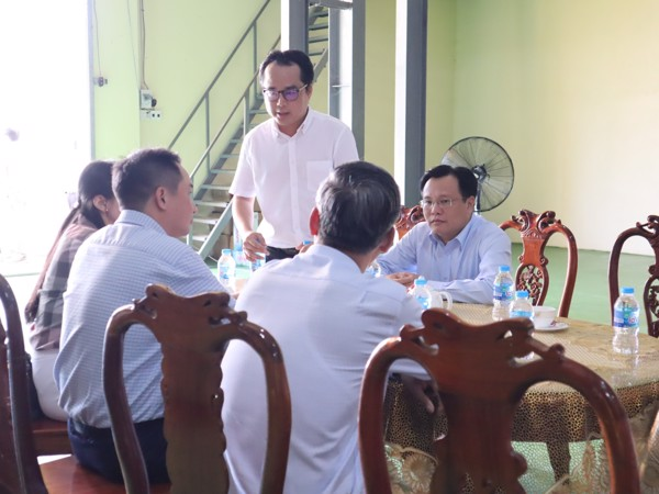 Bộ NN&PTNT Đến Thăm Công Ty Vinh Hiển ở Tiền Giang