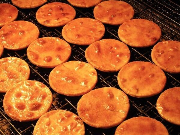 bí quyết làm bánh gạo khô Senbei Nhật Bản