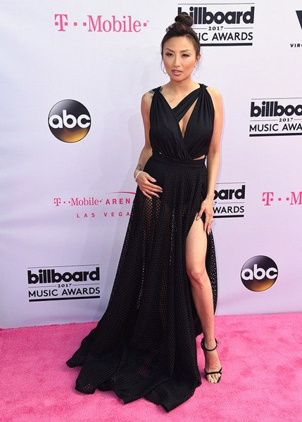 jeannie-mai-2017-bbma-red-carpet-billboard-awards
