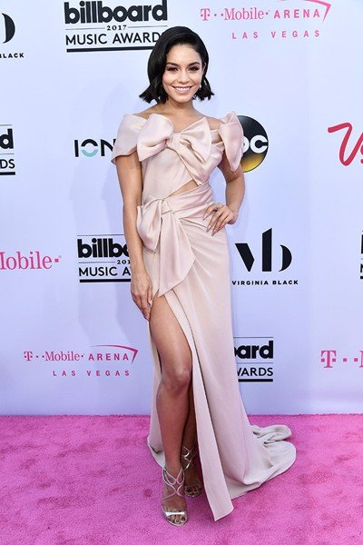 vanessa-hudgens-billboard-awards-2017