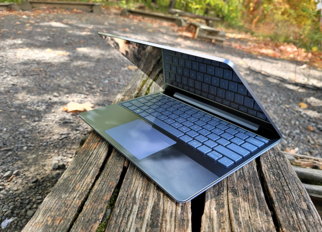 Surface Laptop Go i5
