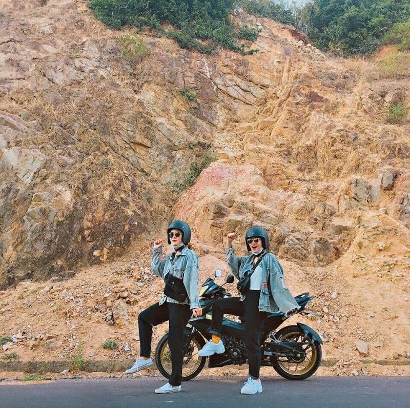 Di chuyển bằng xe máy đến Trung Lương Quy Nhơn