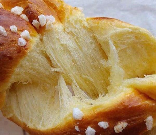 Bánh mì Hoa cúc Harrys Brioche Tressée 210gr - Nhập khẩu Pháp