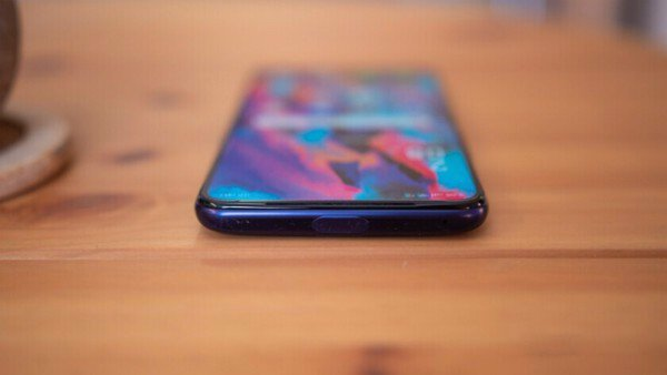 Oppo F11 Pro thiết kế 2