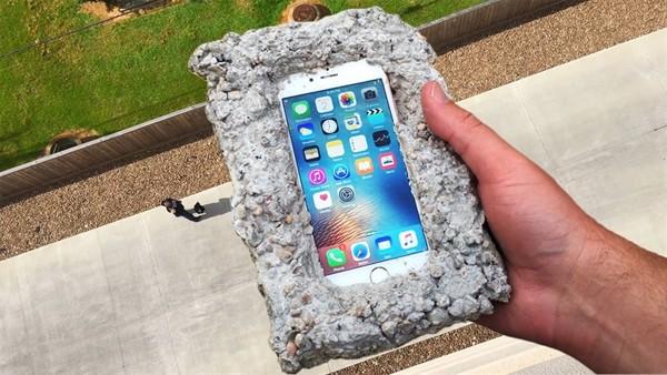 """di động v24h Những sai lầm khi sạc pin sẽ """"giết chết"""" chiếc iPhone của bạn ảnh 1"""