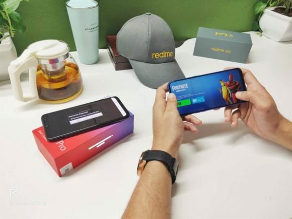 di động v24h Đây là 5 tính năng hàng đầu trên Realme 3 Pro mới ra mắt ảnh 4
