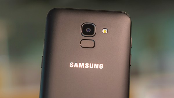 samsung-galaxy-j6-camera