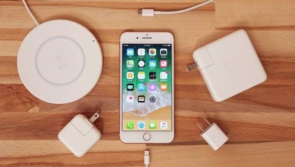 di động v24h Vì sao Apple vẫn chưa mang cổng USB-C lên iPhone dù đã dùng trên iPad Pro và MacBook? ảnh 2