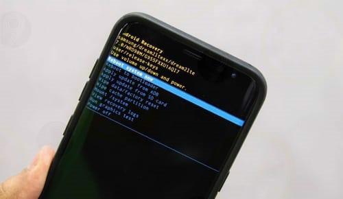 di động v24h 5 cách phân biệt điện thoại Samsung chính hãng ảnh 2