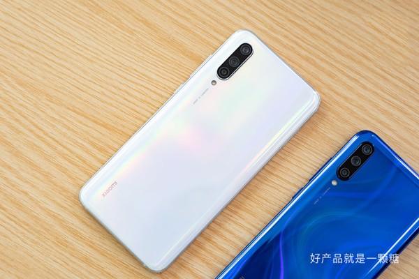 di động v24h Trên tay Xiaomi Mi CC9 với thiết kế tuyệt đẹp, cấu hình mạnh và giá bằng nửa Mi 9 ảnh 6
