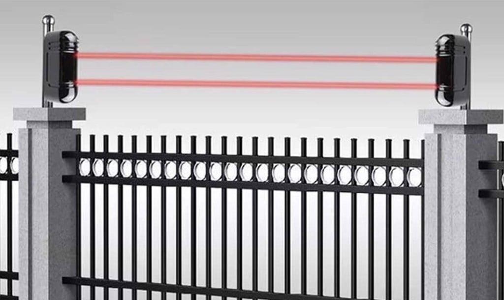 Lắp đặt cảm biến lên hàng rào