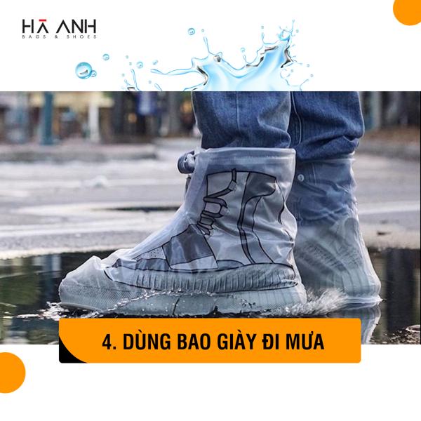 Dùng bao đi mưa chống thấm nước cho giày