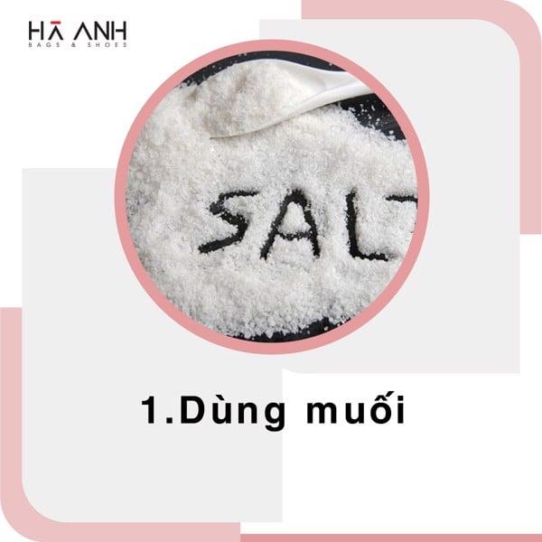dùng muối khử mùi giày