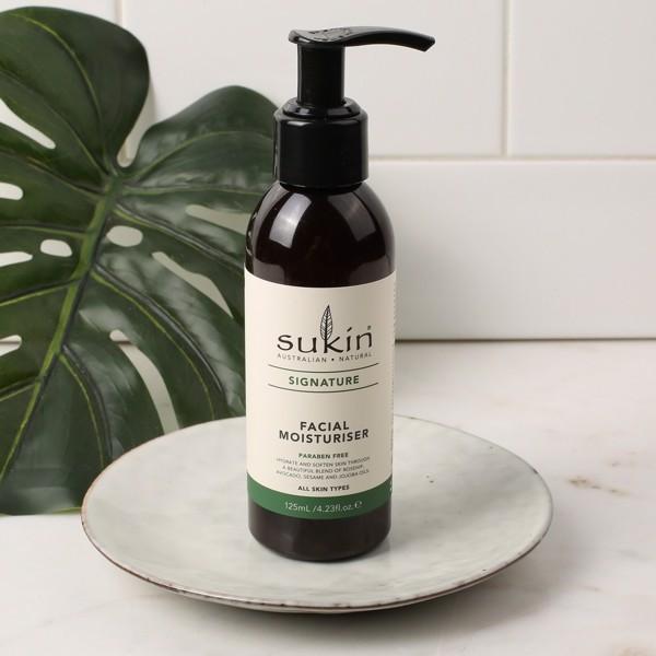 Review Kem dưỡng ẩm và Nước tẩy trang Sukin: Tưởng không liên quan mà liên quan không tưởng!