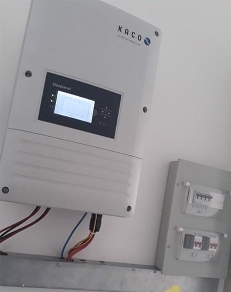 Inverter chống ăn mòn KAKO Germany phù hợp với các hệ thống điện mặt trời gần biển