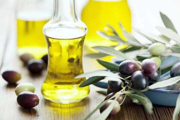 Dầu ô liu -  thực phẩm giảm cân tự nhiên