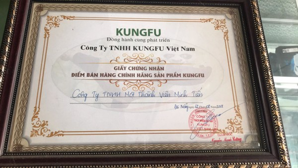 Giấy chứng nhận điểm bán hàng chính hãng kungfu