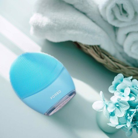 Review tất tần tật về máy rửa mặt Foreo Luna 3 Smart Facial Cleansing and Firming Massage Brush