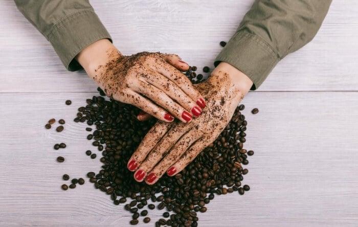 Tận dụng một số nguyên liệu tự nhiên để khắc phục mảng da sạm đen do cháy nắng